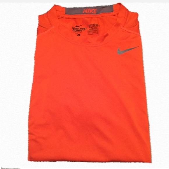 14e30e213 Men's Nike Pro Combat Dri-Fit Fitted Shirt Size S.  M_5a87dbe7c9fcdf3f73f31250